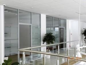 Офисные перегородки с матированным стеклом
