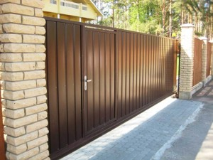 Откатные ворота в Саранске