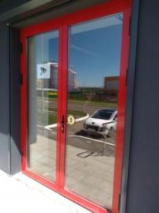 Дверь с повышенной теплоизоляцией из профиля ALUTECH W72