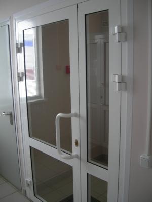 Дверь из алюминиевого профиля С48